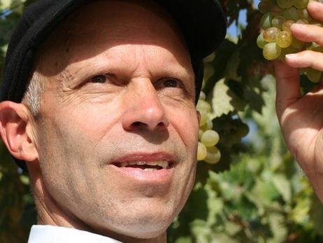 Karl Schefer, Gründer und Chef des Bio-Wein-Unternehmens Delinat - karlschefer-462